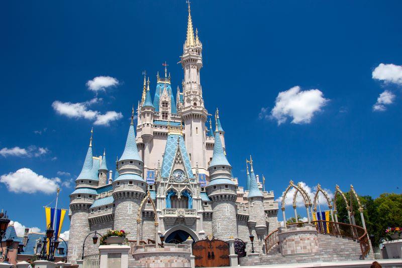 walt-disney-world-cinderella-castle