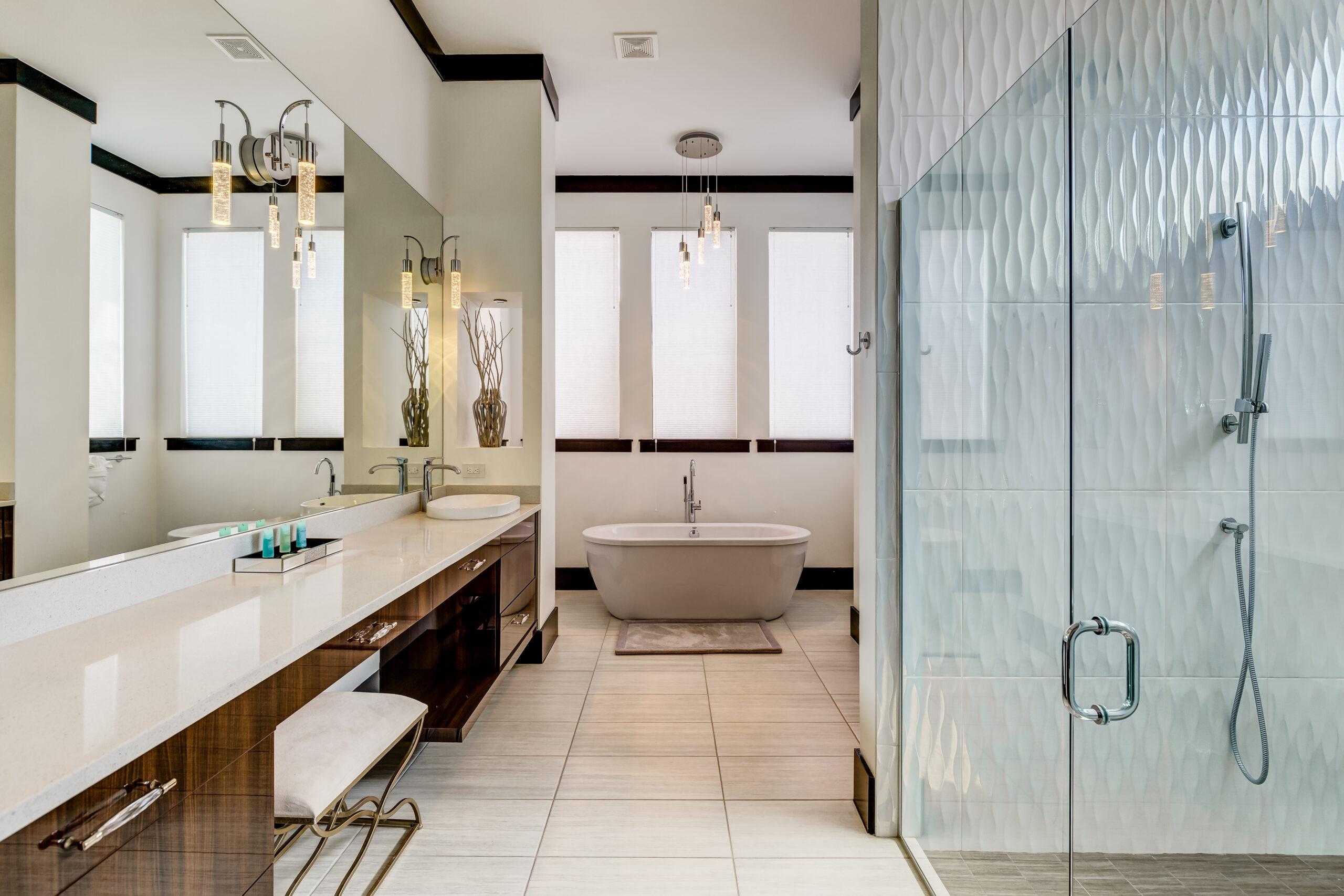 luxury villa bathrooms Galore!
