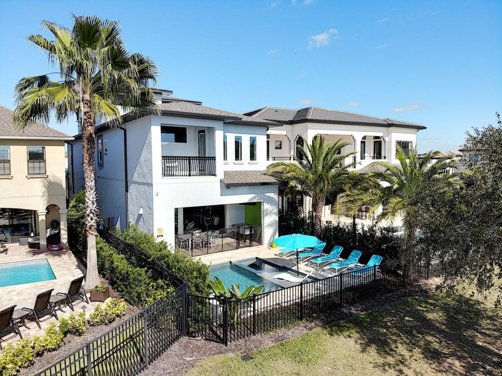 Orlando Villas & Vacation Rentals