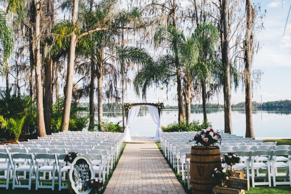 paradise-cove-orlando-wedding