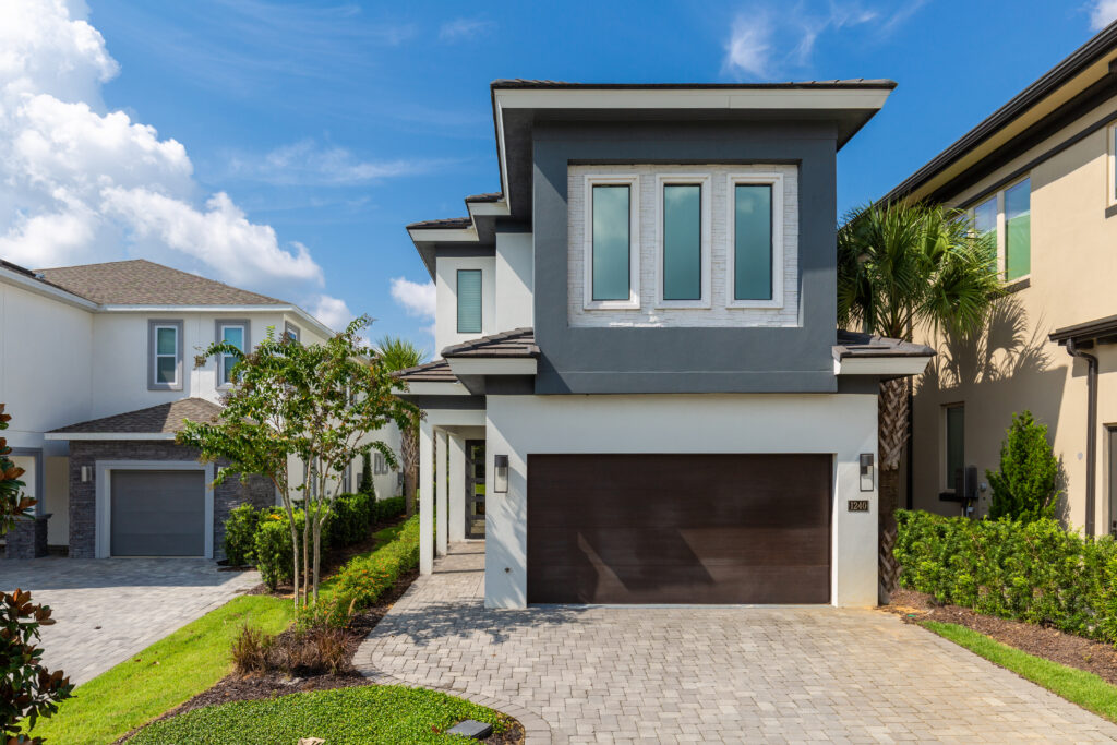 Luxury-Villas-In-Orlando-To-Rent